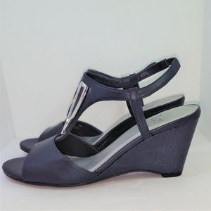 Impo Faux Leather Navy Blue Wedges Size 9.5 New